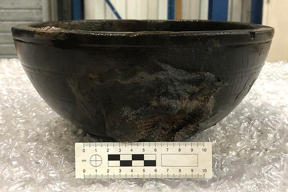 Thumbnail - Bowl before conservation