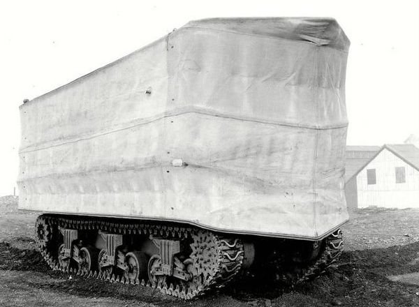 A photo of A DD Sherman tank. The screens took 15 minutes to inflate. Photo courtesy of IWM Film
